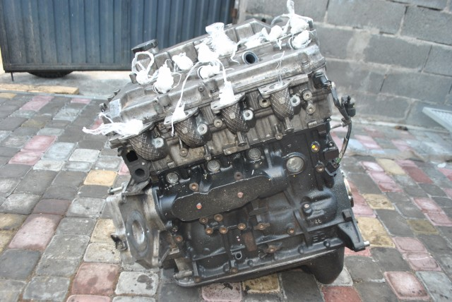 Двигун Mitsubishi L200. Двигун Pajero Sport 2.5did 2008