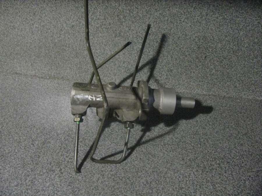Главный тормозной цилиндр на Hyunday H2 221313