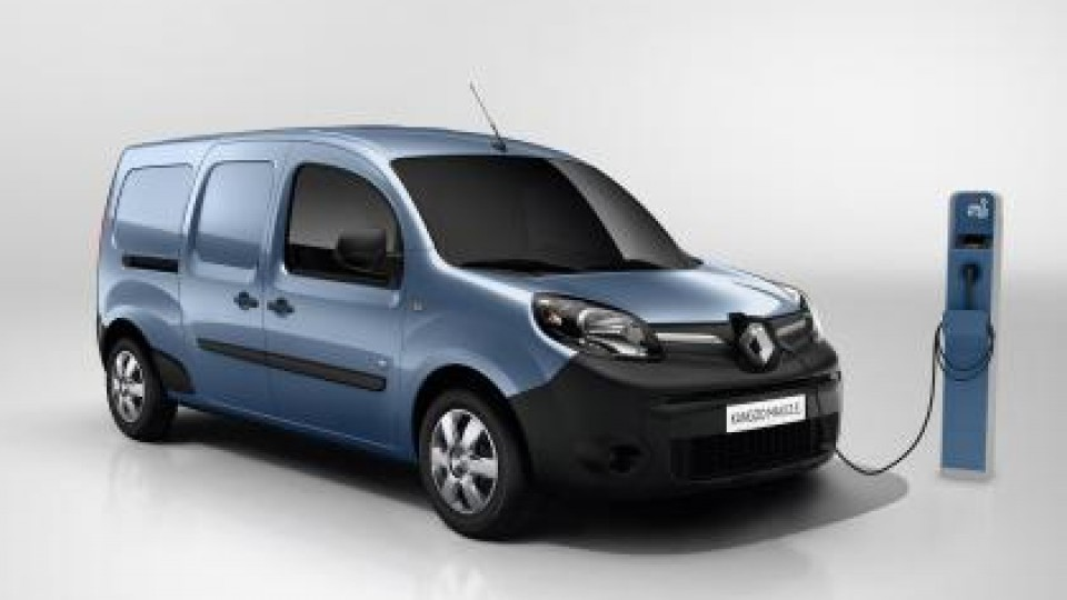 new-renault-kangoo-z.e.-van-to-add-50-more-range-091216-2